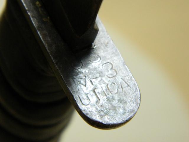 Le poignard USM3 (première partie complet) - Page 27 Garde10