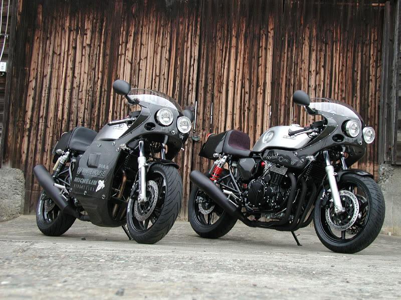 dark twins Whiteh10