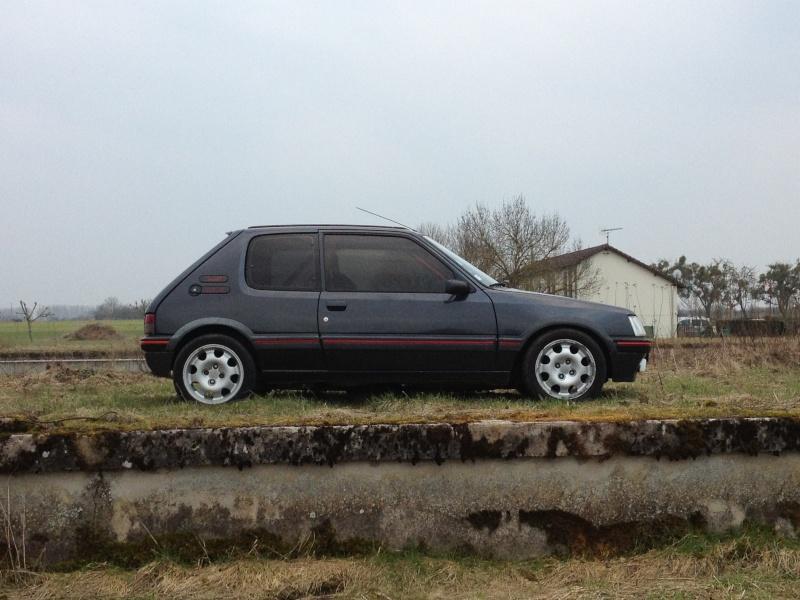 [Alex52] 205 GTI 1.6L Gris Graphite 1985 Img_2138