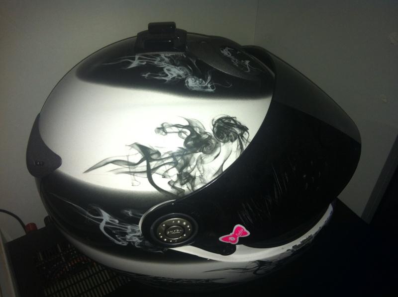 Gopro sur casque moto intégral Img_3229