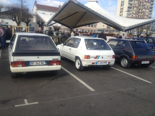 Réunion informelle ,vehicules de collection ou d'exception 10/03/2013 bourg en bresse Img_1613