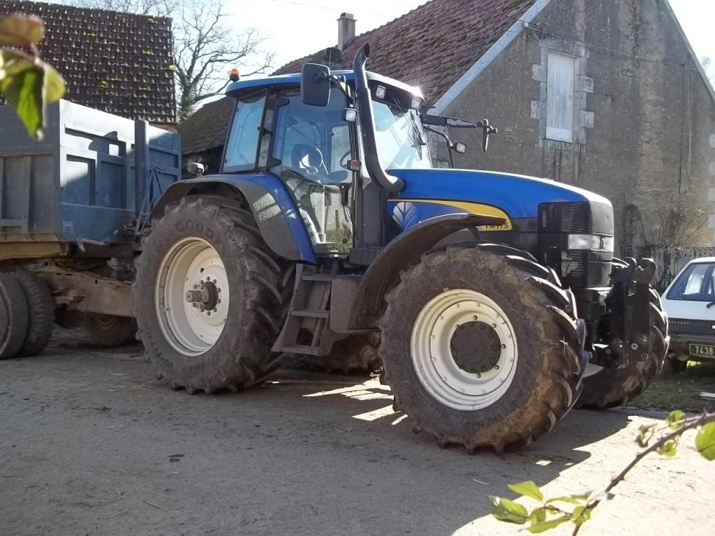 Photos de vos tracteurs - Page 6 100_1715