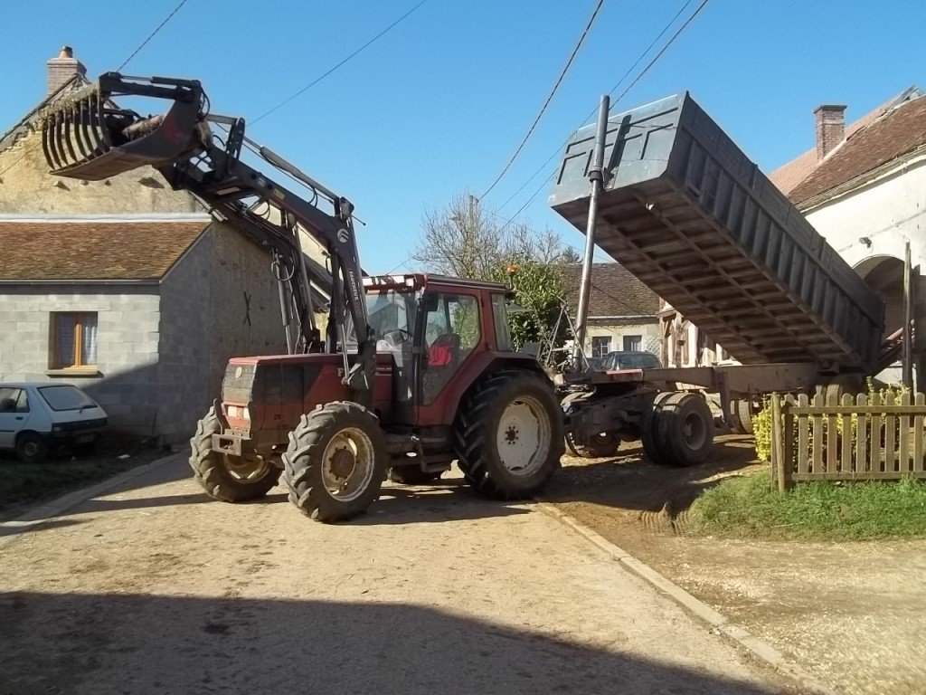 Photos de vos tracteurs - Page 6 100_1716