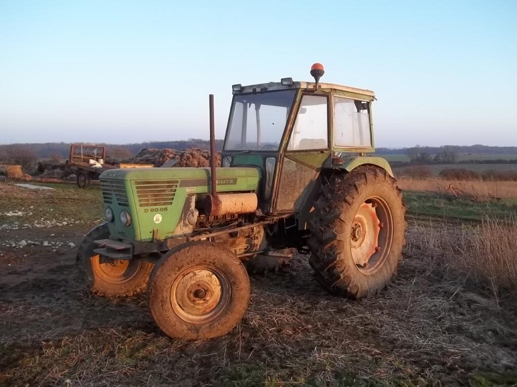 Photos de vos tracteurs - Page 6 100_1811