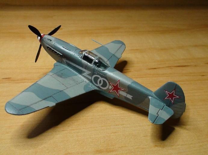 [Hobby boss] Yak 3 Dsc00912
