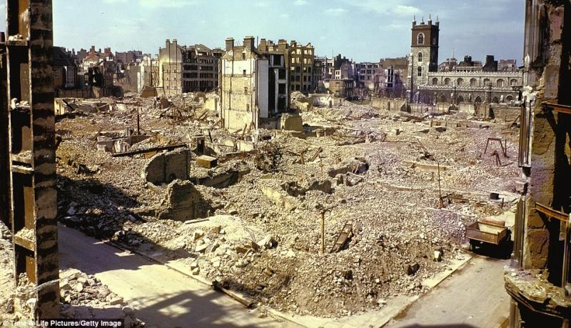 World War 2 London Blitz London14