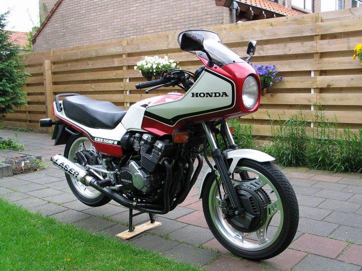 Vos anciennes motos - Page 2 Mon_5510
