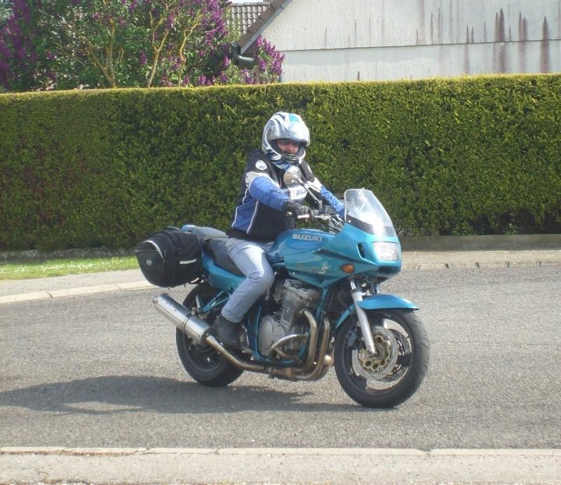 Vos anciennes motos - Page 2 S7300010