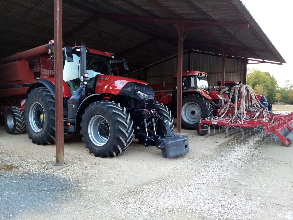 Le Case IH Optum 300 CVX élu tracteur de l'année 2017  - Page 2 Img_2029