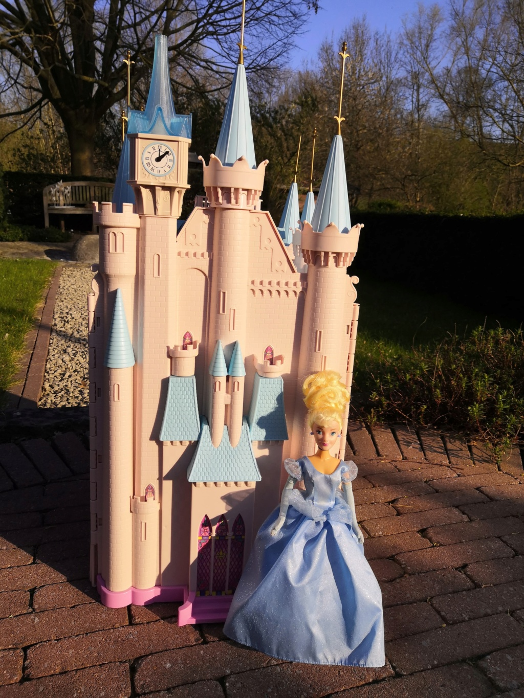 The Disney Castle Collection - Page 6 92022410