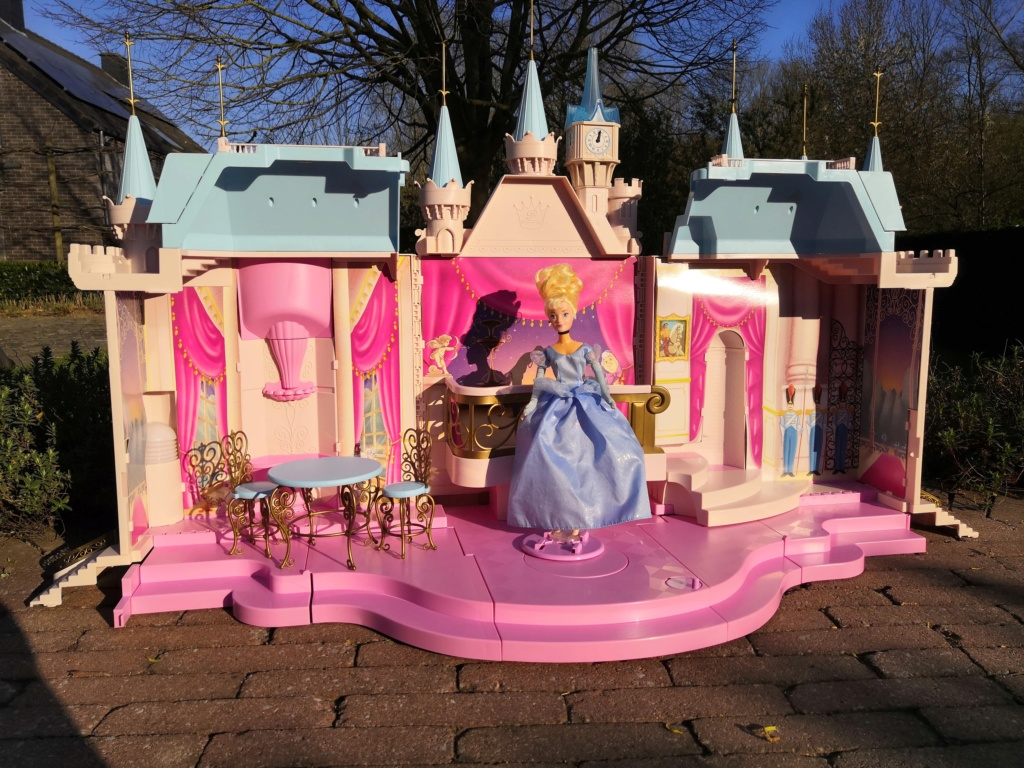 The Disney Castle Collection - Page 6 92575310