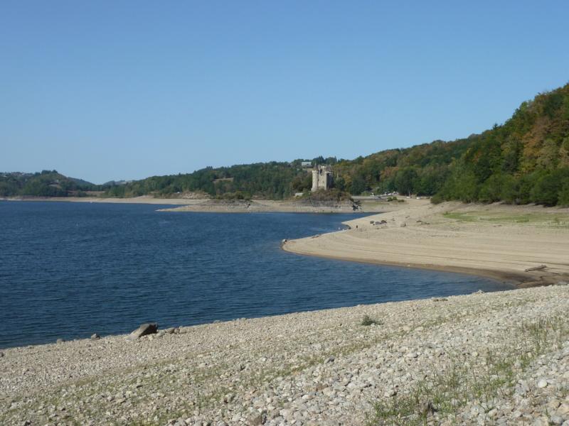 Camping du lac de la Siauve å Lanobre près de Bort les Orgue P1100649