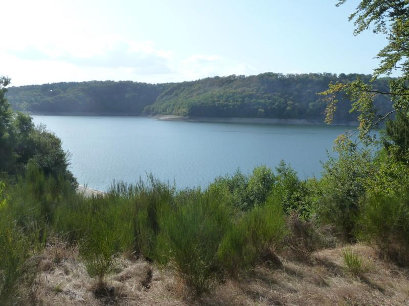 Camping du lac de la Siauve å Lanobre près de Bort les Orgue P1100650