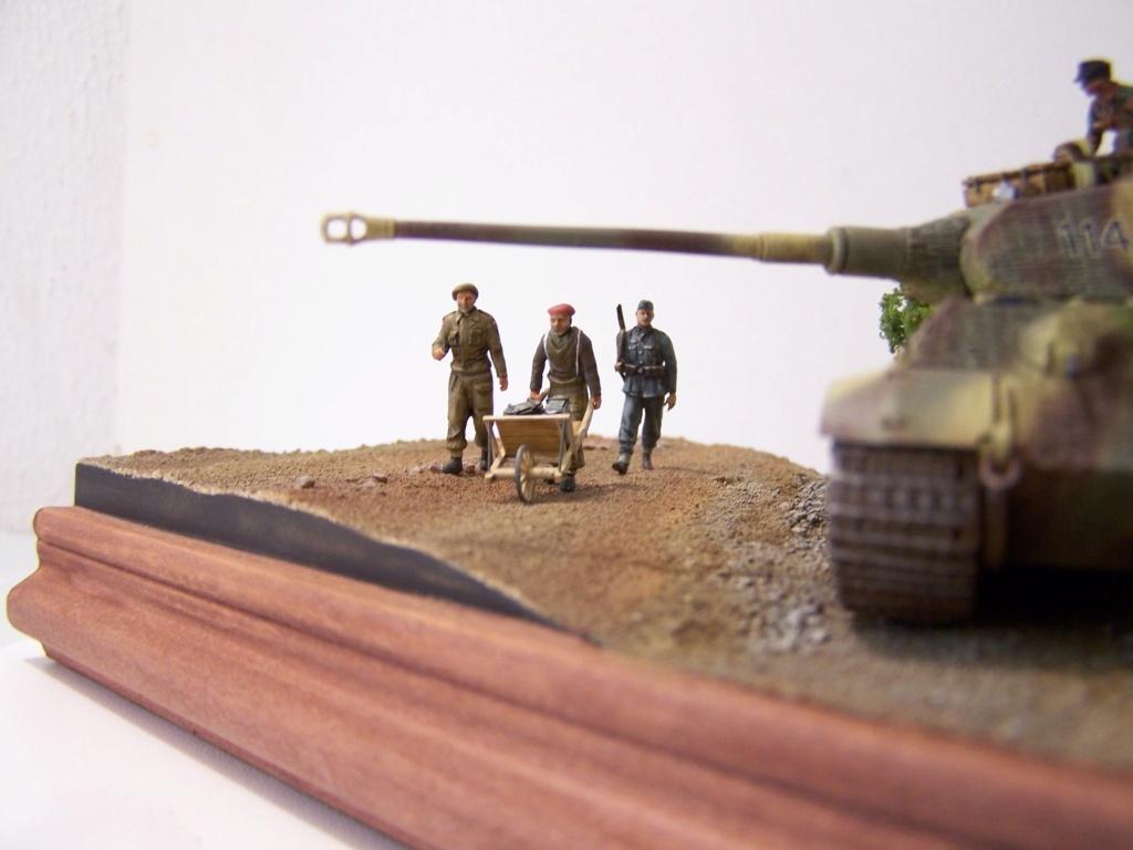 Le Tigre,les Tommies et la brouette en Normandie  100_0432