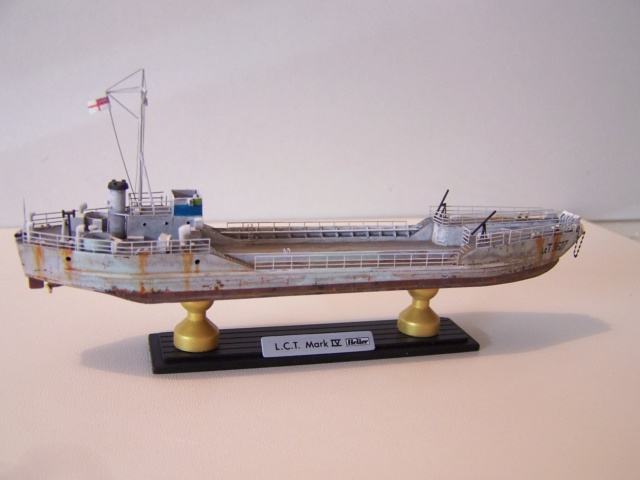 Péniche de débarquement LCT Mk 4, Normandie 44 Réf 81001 100_1137