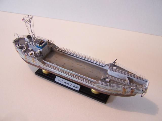 Péniche de débarquement LCT Mk 4, Normandie 44 Réf 81001 100_1139