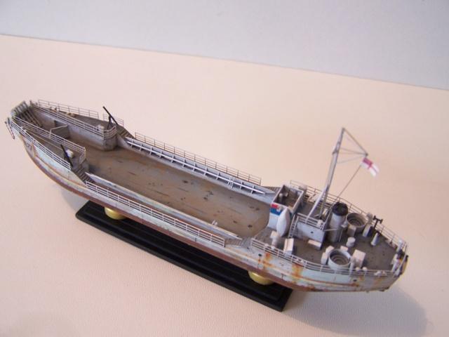 Péniche de débarquement LCT Mk 4, Normandie 44 Réf 81001 100_1140