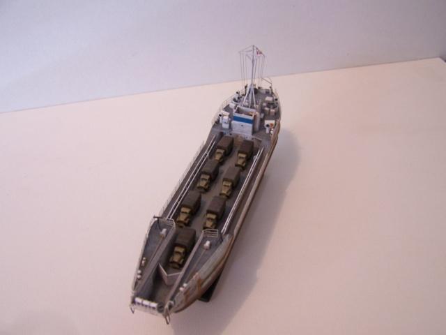 Péniche de débarquement LCT Mk IV, NORMANDIE 44 Réf 81001 100_1180