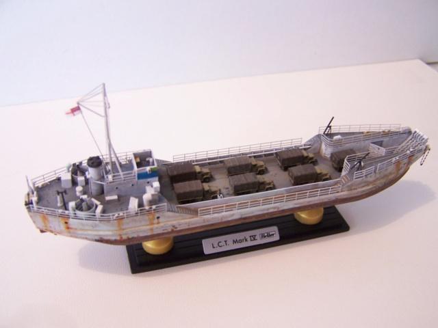 Péniche de débarquement LCT Mk IV, NORMANDIE 44 Réf 81001 100_1181