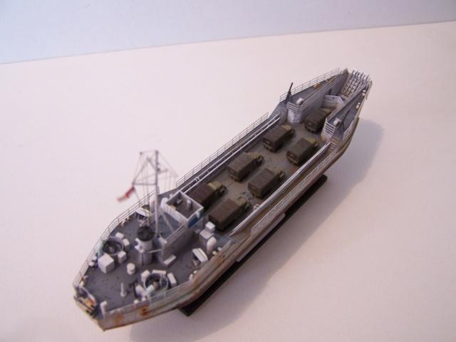 Péniche de débarquement LCT Mk IV, NORMANDIE 44 Réf 81001 100_1182