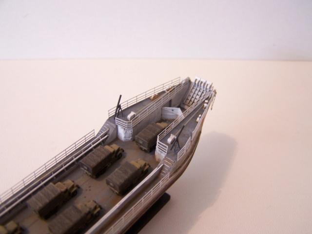 Péniche de débarquement LCT Mk IV, NORMANDIE 44 Réf 81001 100_1183