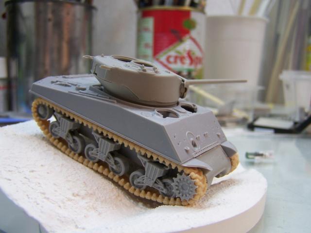 Sherman m4a3 76mm Lt Zagrodzki ,2em DB Paris 44   (Terminé )  - Page 2 100_1215