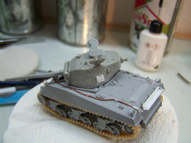 Sherman m4a3 76 mm  Lt Zagrodski - Page 2 100_1242