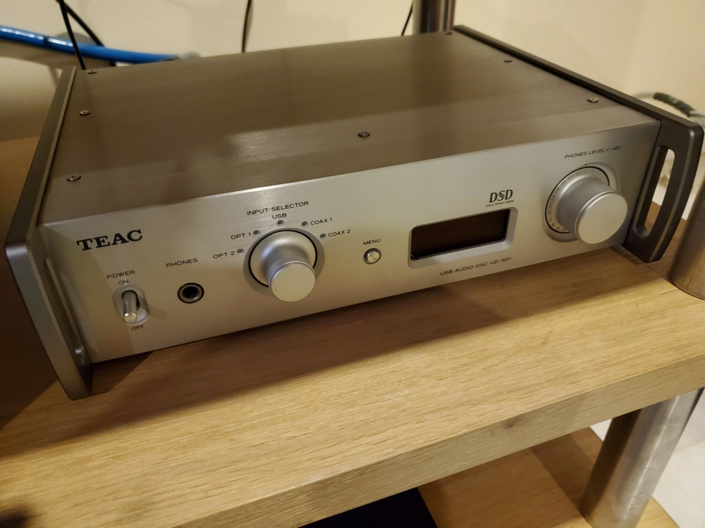 Teac UD-501 digital analogue converter 2020-013