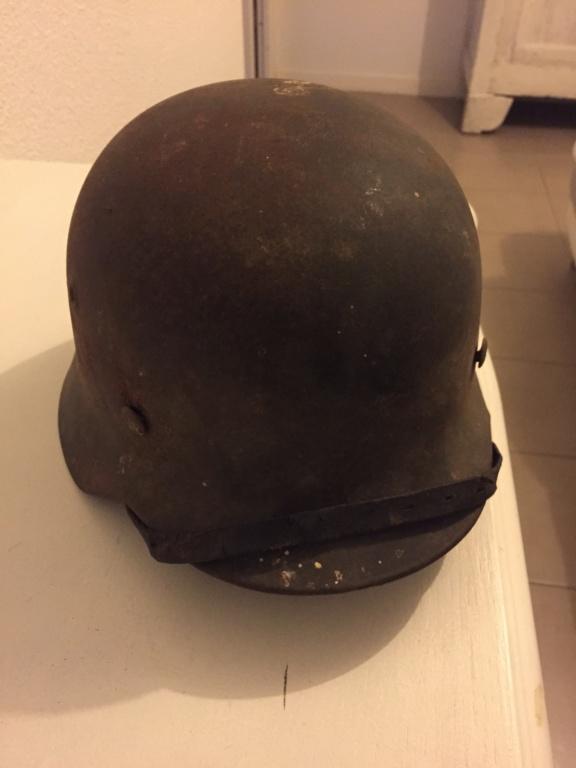 Casque allemand 1 insigne heer E887ee10