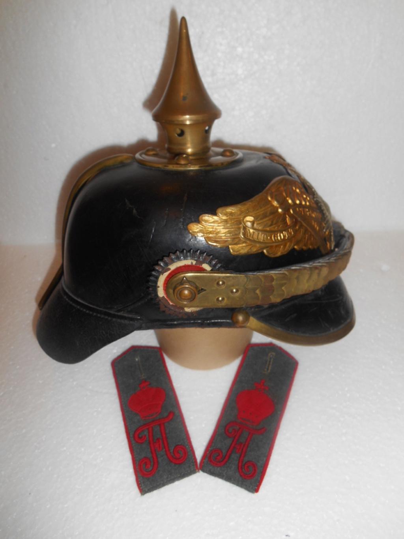 Estimation et authentification d'un casque à pointe de grenadier de la garde E90f6710