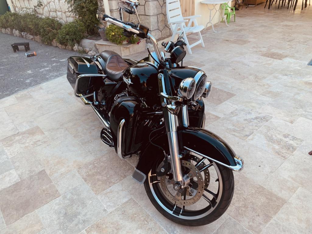 Road King uniquement, combien sur Passion-Harley  - Page 25 F4ffa610