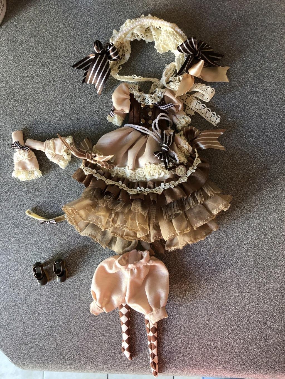[ECHANGE / RECHERCHE]: Outfit Pullip Nella RM / Pullip BRH Img_4710