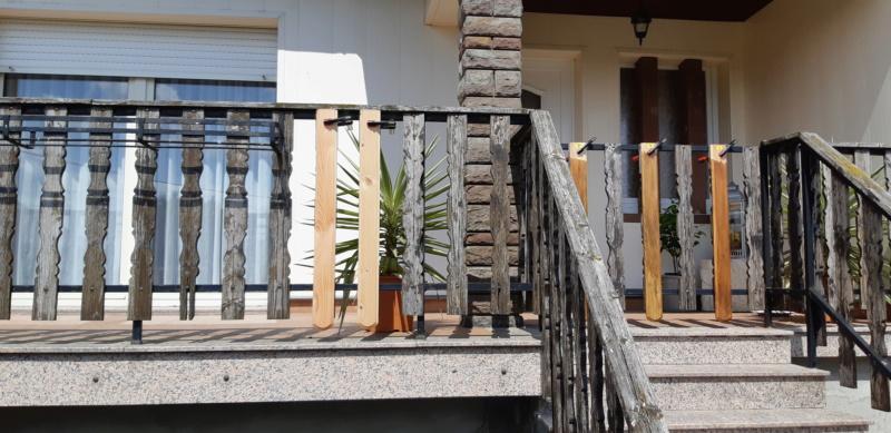 ENCORE UN TRUC A REFAIRE QUI A SOUFFERT AVEC LE TEMPS (balustrades du balcon) 20190731