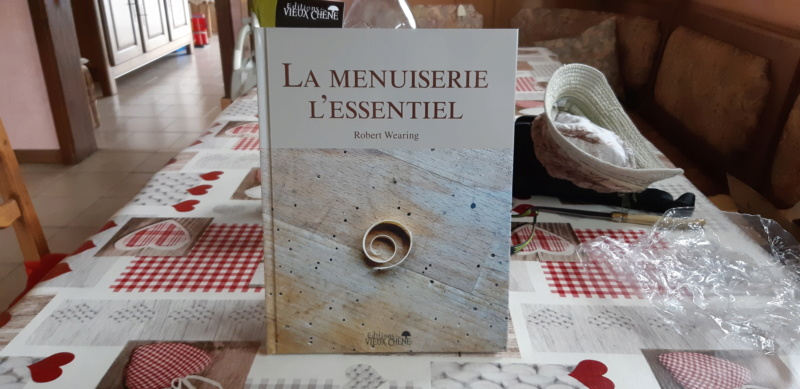 """Attention ,un troisième livre """" Aux Editions du Vieux Chêne """" va arriver !!!  - Page 2 20190926"""