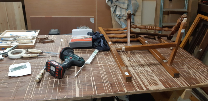 RÉPARATION TABLE ET CHAISES en bois... 20200127