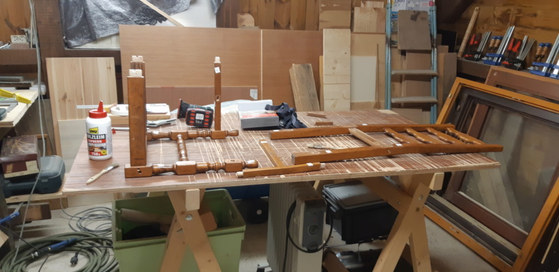 RÉPARATION TABLE ET CHAISES en bois... 20200128