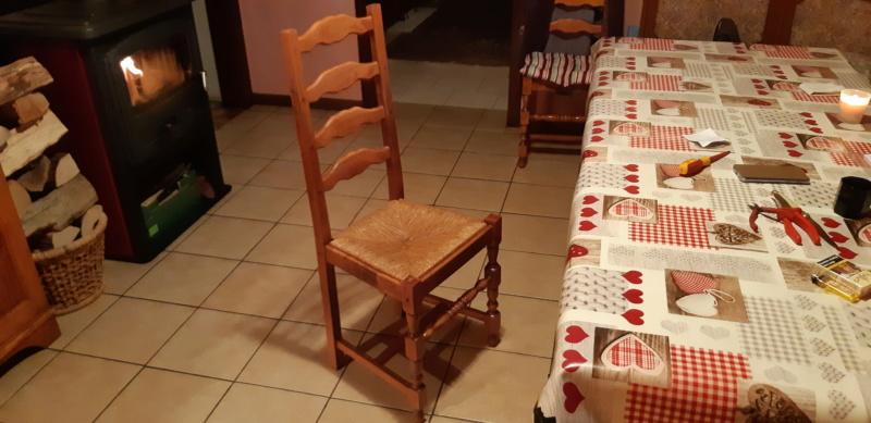 RÉPARATION TABLE ET CHAISES en bois... 20200132