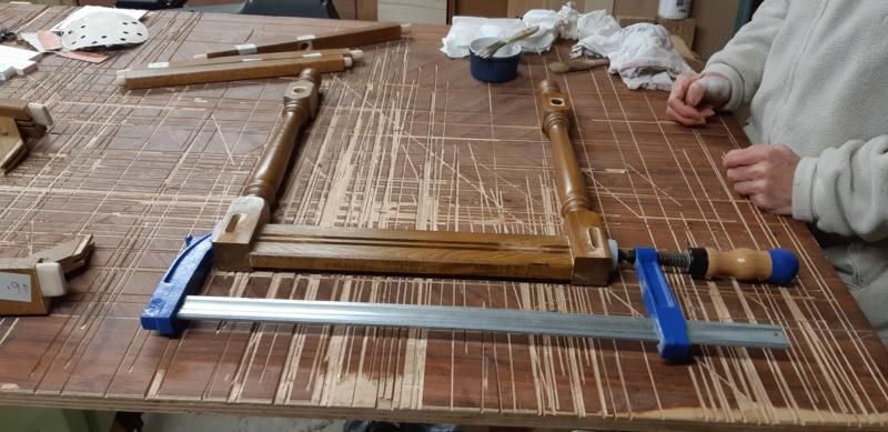 RÉPARATION TABLE ET CHAISES en bois... 20200221
