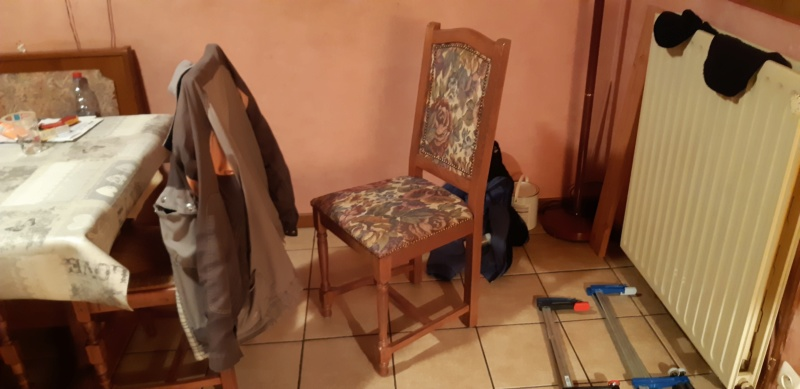 RÉPARATION TABLE ET CHAISES en bois... 20200224