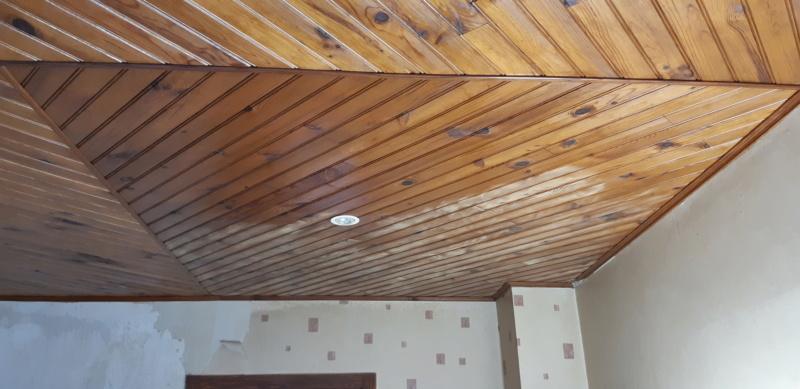 Quelle ponceuse pour poncer un plafond en bois ??? - Page 2 20200252