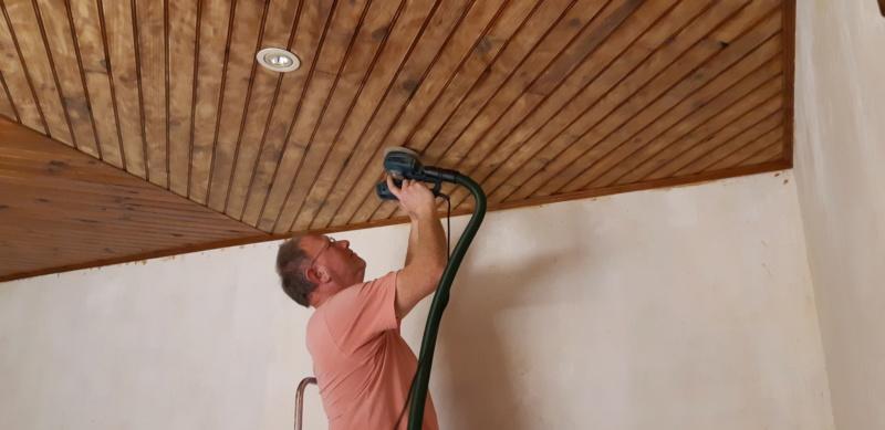 Quelle ponceuse pour poncer un plafond en bois ??? - Page 2 20200256