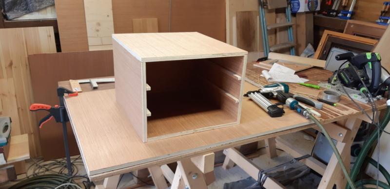 FABRICATION D UN BOX à TIROIRS  20200479