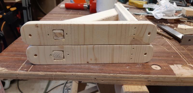 FABRICATION d'une équerre,en bois... 20200972