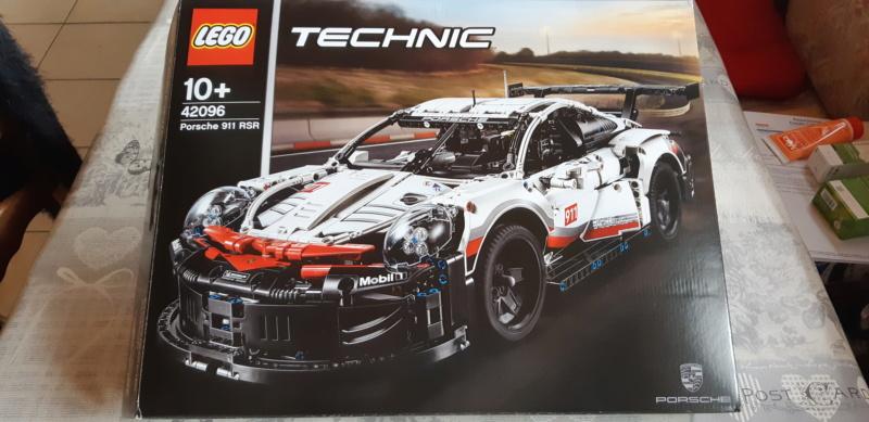 Me suis payé une belle voiture...une Porsche 911 (modèle réduit) 20210141