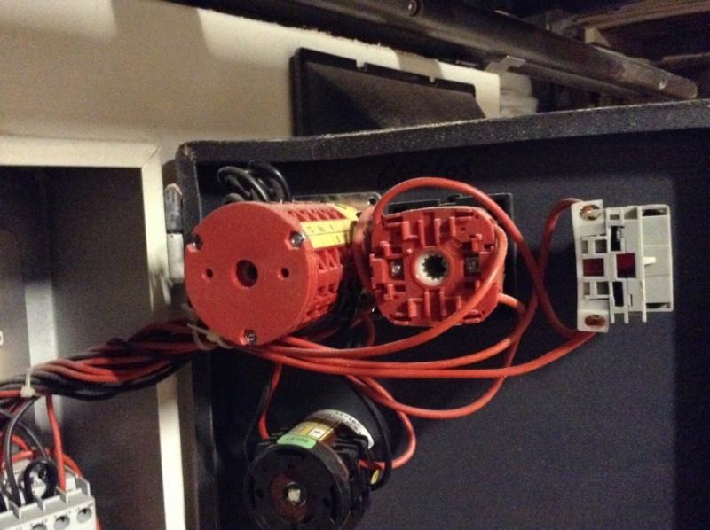 Problème électrique combiné - Page 3 Image212