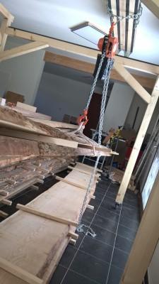 Comment transportez vous-même des planches lourdes à travers l'atelier? - Page 2 Portiq10