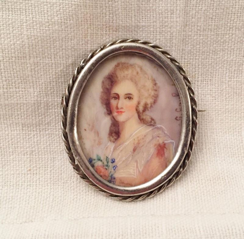 A vendre: miniatures de Marie Antoinette? - Page 8 Zz10