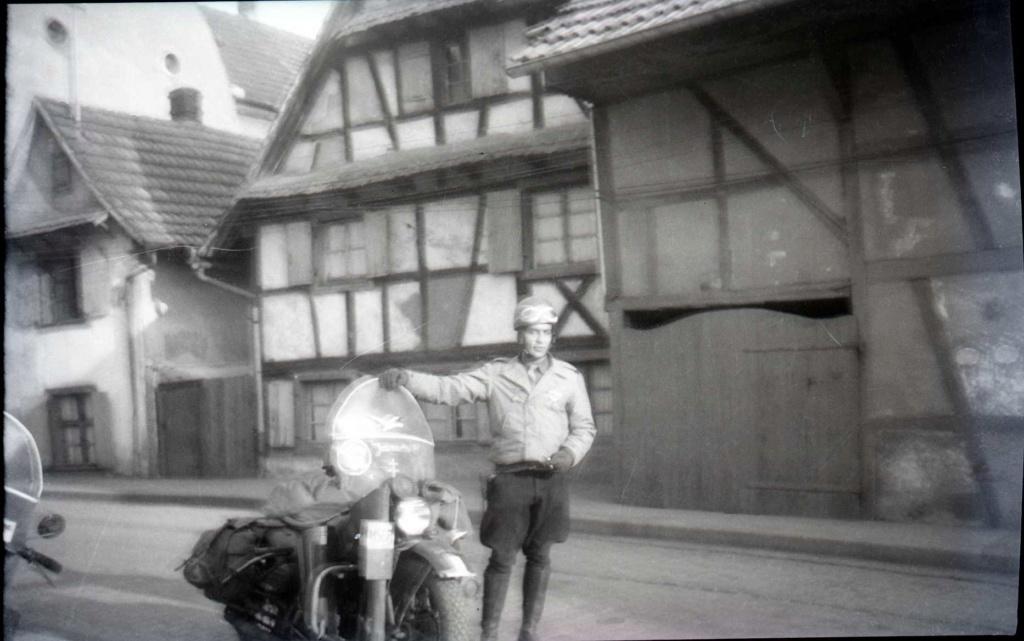 """""""Jeannette"""" Harley Davidson WLA de Daniel Guery en maquette 2111010"""