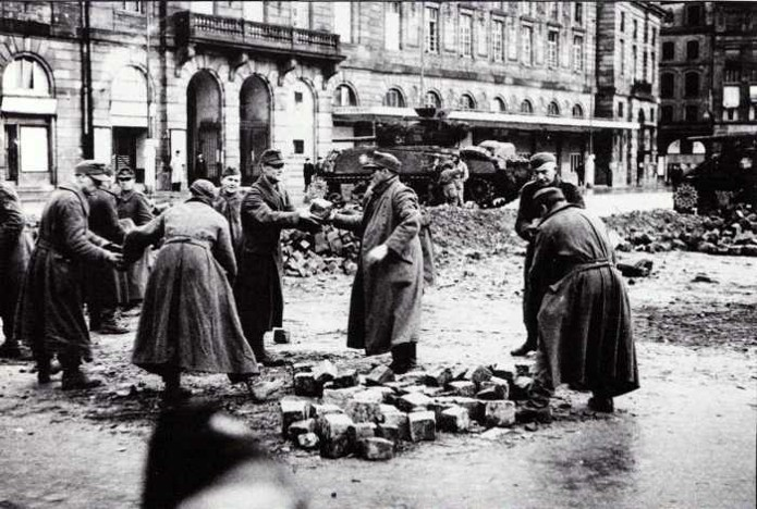 Identification char prise à Strasbourg en novembre 1944 6765ce10