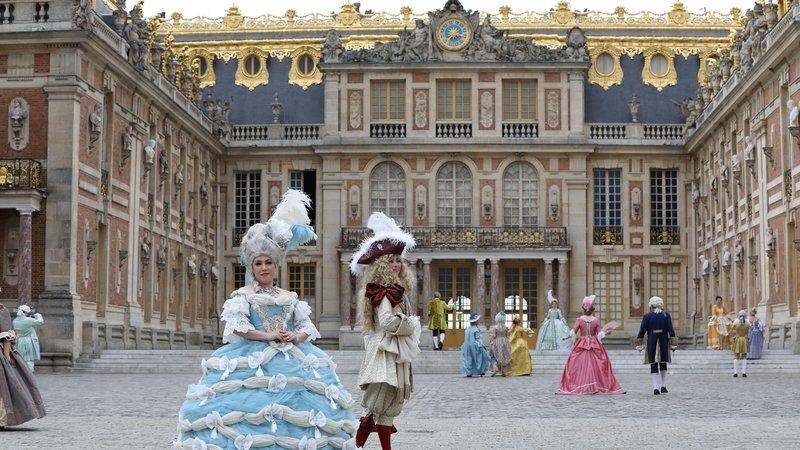 Carlos, Carole et Marie-Antoinette 00118110
